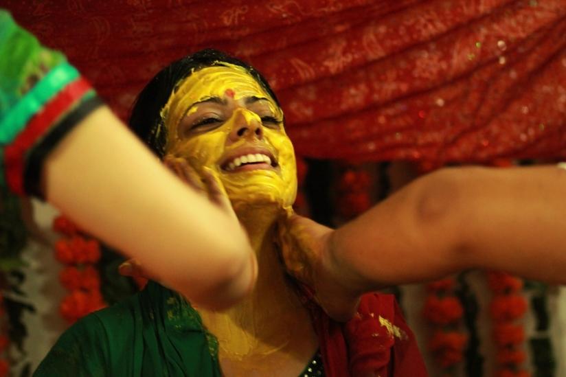 Ceremonial bath - Indian bridal adornments